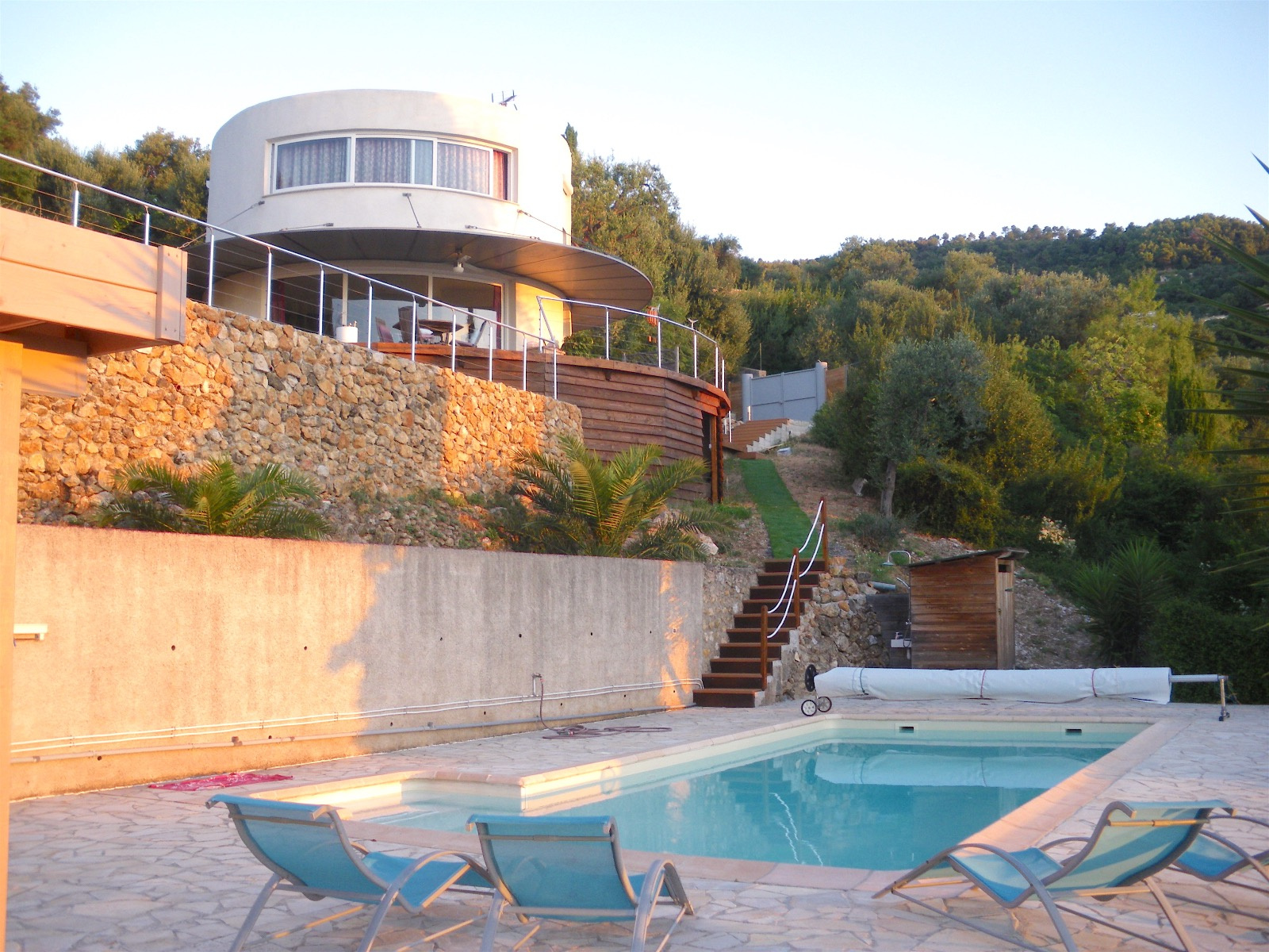 Vente roquebrune cap martin maison de type 4 pieces avec for Piscine 06190